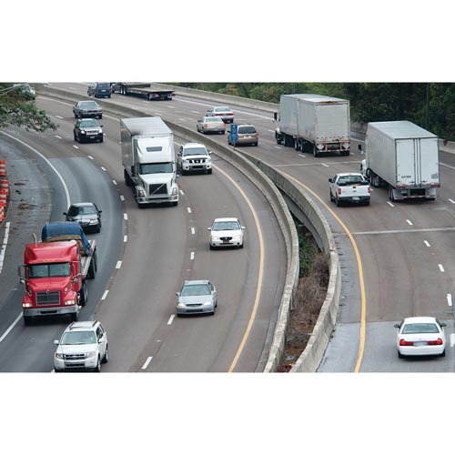 Defensive Driving for CMV Drivers: Manage Speed & Space - Online Training Course (014082)