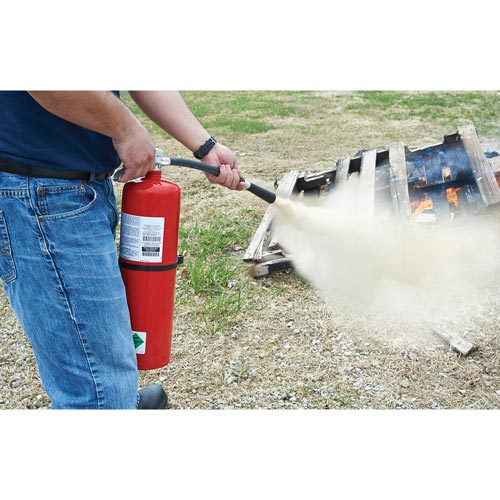 Fire Extinguisher Training: CO2 Chemical - Streaming Video Training Program (014905)